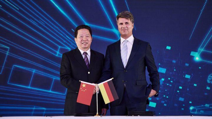 BMW získalo väčšiu nezávislosť v Číne. Môžu za to sankcie USA.