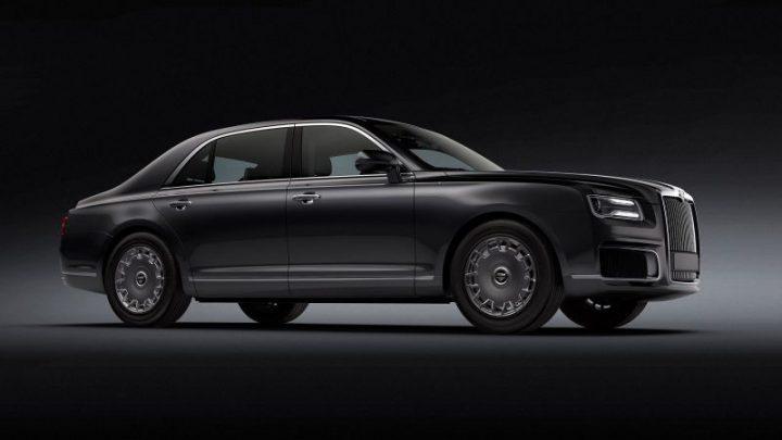 Dámy a páni posaďte sa do luxusného ruského sedanu Aurus Senat