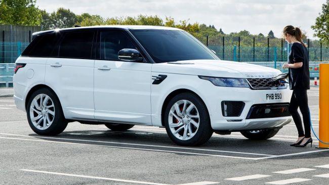 Range Rover Sport s autopilotom prešiel najťažšiu cestu v Británii