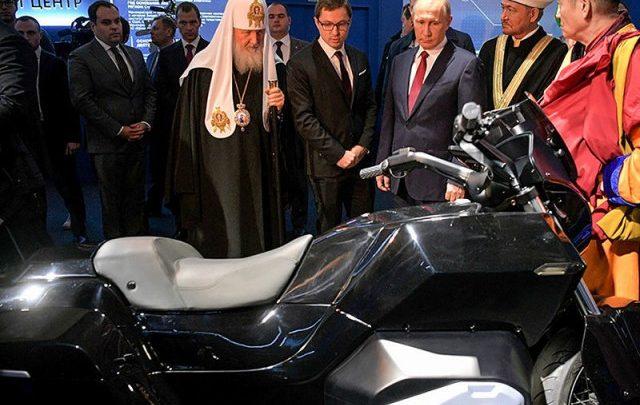 Do ruského projektu Kortež pribudne motocykel. Vyrábať ho bude Kalašnikov