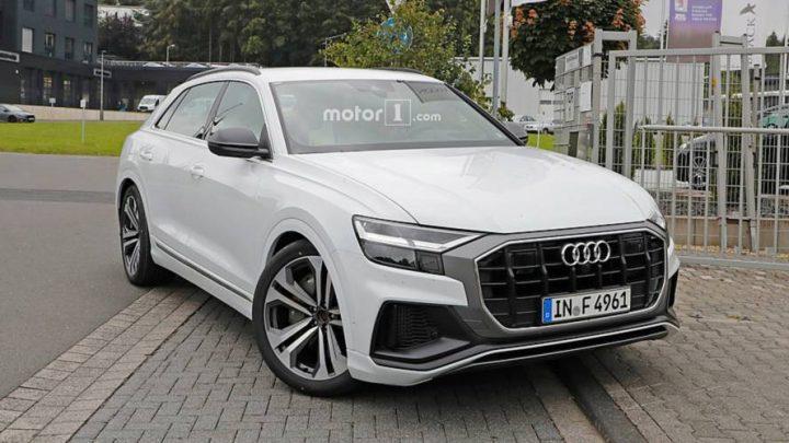 Audi SQ8 bolo natočené bez kamufláže v Kodani. Kedy sa môžeme tešiť na premiéru?