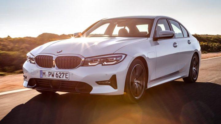 BMW predstavilo ekologické 330e a športové M340i xDrive.