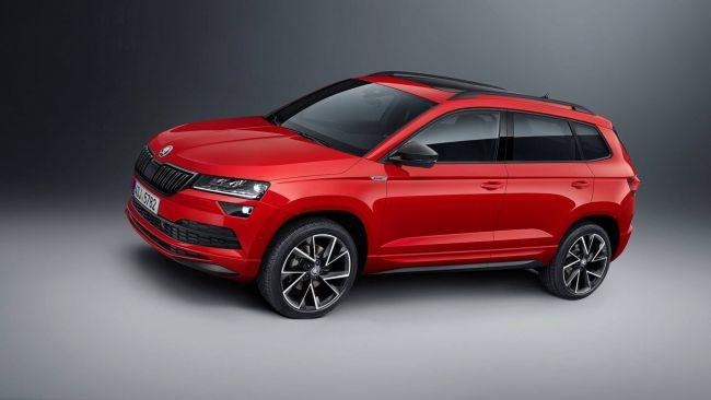 Škoda Karoq RS bude doposiaľ najvýkonnejšia Škoda. Predstavený by mal byť budúci rok.