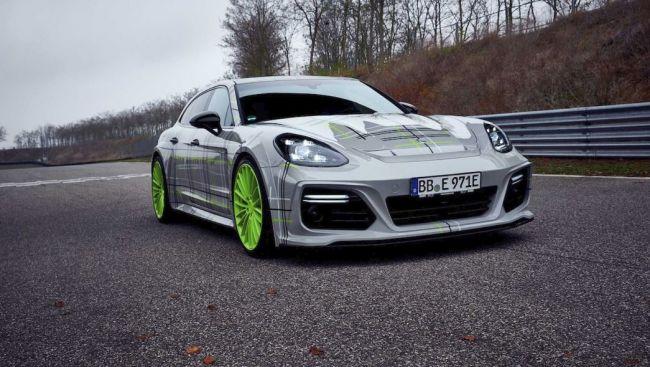 Porsche Panamera Turbo S E-Hybrid od TechArt má výkon 759 koní