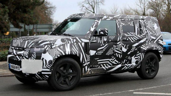 Land Rover Defender bude predstavený už budúci rok. Tešiť sa môžeme aj na ostrú verziu SVR.