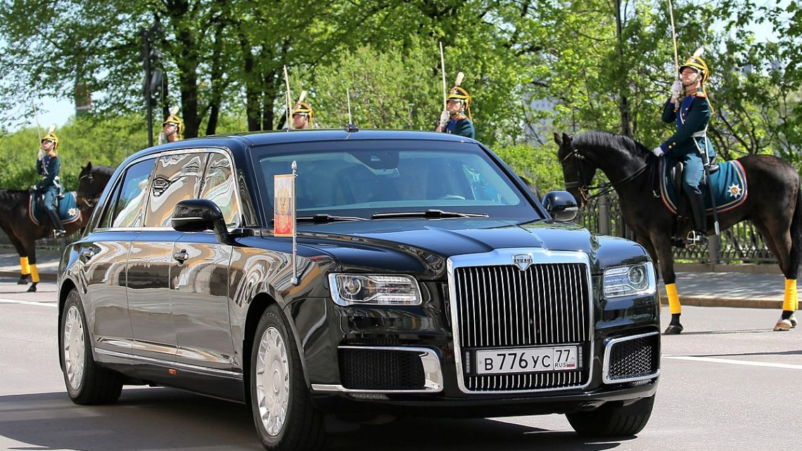 Ako prebiehal vývoj a testovanie ruskej limuzíny Aurus? To si môžeš pozrieť vo videu.