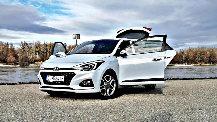 Test: Hyundai i20 1,0 T-GDi Style 7 DCT. Litrový trojvalec a nová automatická prevodovka nesklamú. (Video)