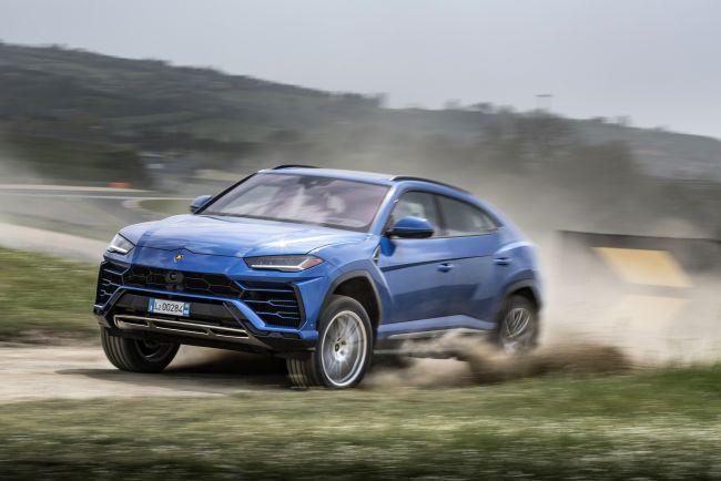 Lamborghini Urus dostane off-road balík. Je to vôbec potrebné?