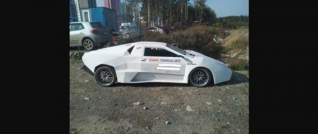 Rus premenil Ladu Samaru na Lamborghini.