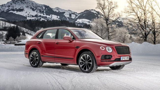 Bentley pripravuje luxusné elektrické SUV.