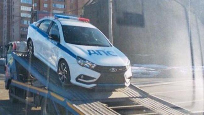 Moskovská polícia dostane Ladu Vestu Sport.