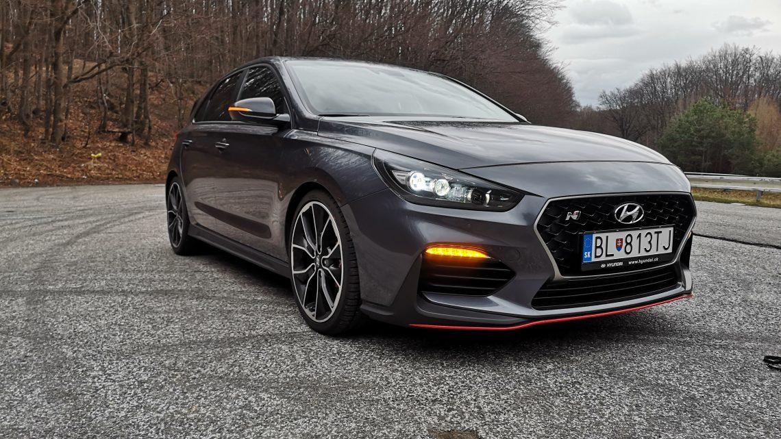 Test: Hyundai i30 N Performance je prvý hothatch automobilky, no aj napriek tomu je najpredávanejší.