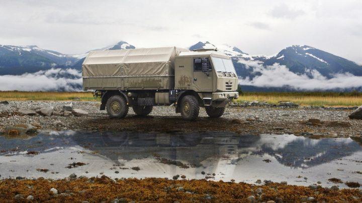 Tatra predstavila nové nákladné vozidlo 4×4. Určené je pre armádu.
