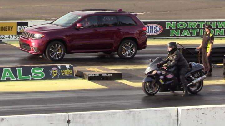 Jeep Trackhawk vs Suzuki GSX1300R Hayabusa. Kto vyhraje na šprinte.