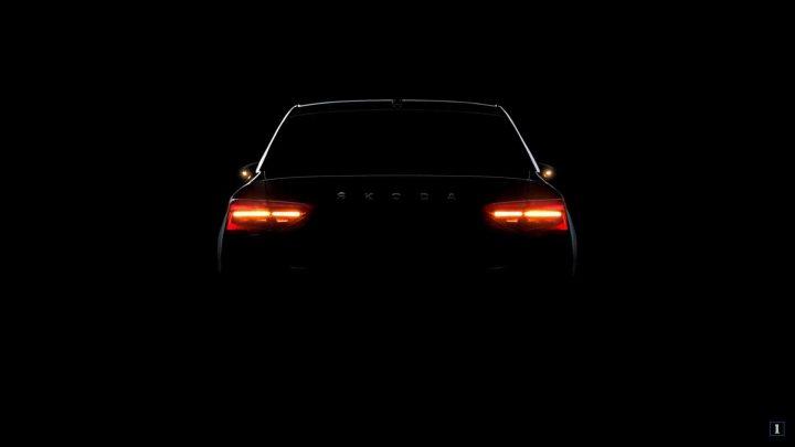 Aktualizovaná Škoda Superb dostane nové svetlá LED Crystal Lighting.