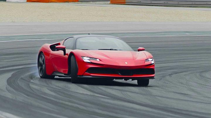 Bolo predstavené najvýkonnejšie cestné Ferrari všetkých čias.