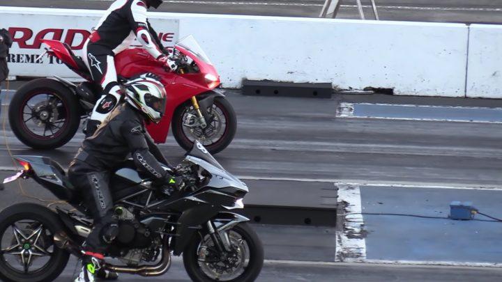 Video: Ducati Panigale V4 vs Kawasaki H2. Kto vyhraje na šprinte?