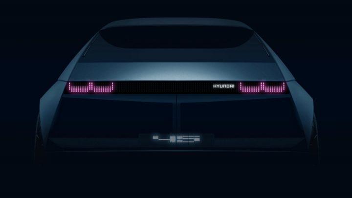 Hyundai predstaví vo Frankfurte elektrické vozidlo s retro dizajnom.
