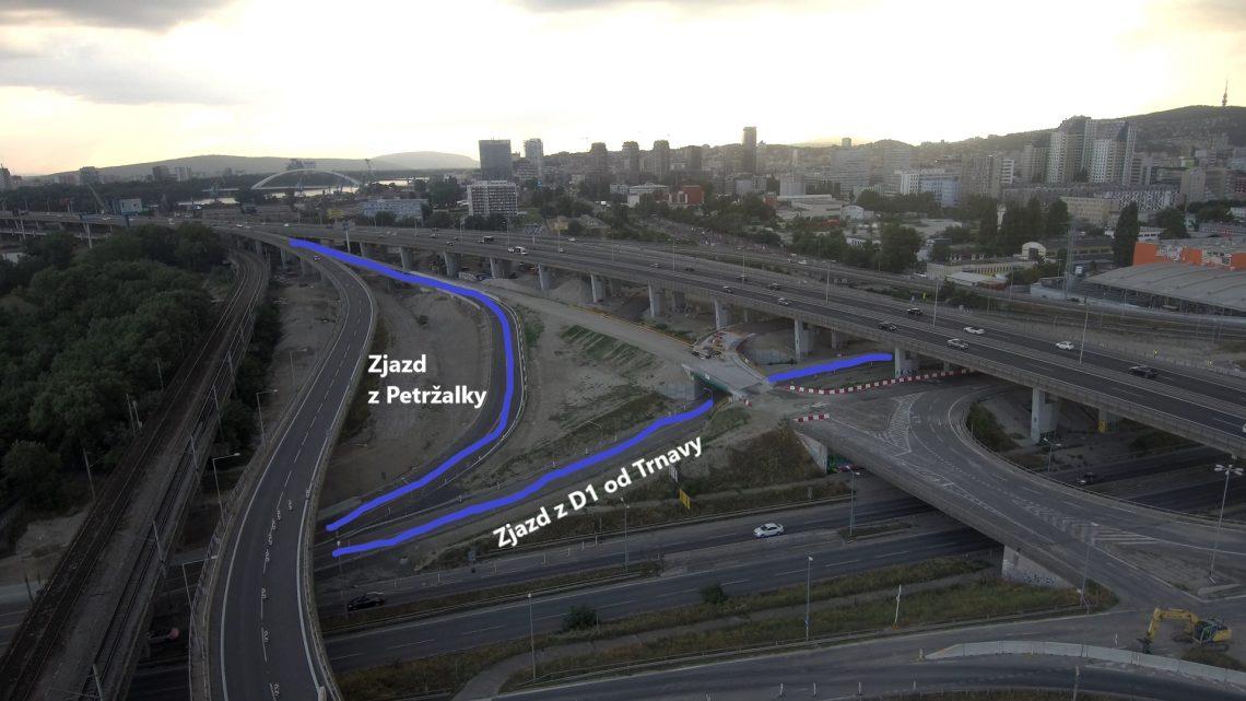 Pod bratislavským Prístavným mostom dnes otvoria dva nové úseky.