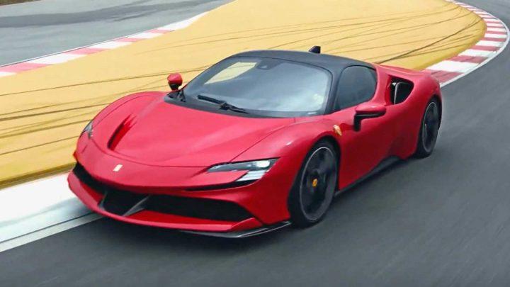 Ferrari Purosangue dostane vzduchové odpruženie, novú platformu a výkonný dvanásťvalec.