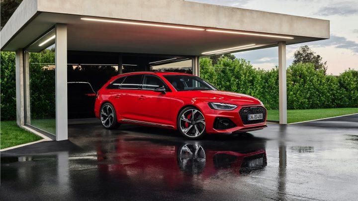 Aktualizované Audi RS4 bolo predstavené. Zvýšenie výkonu alebo lepšiu dynamiku nečakaj.