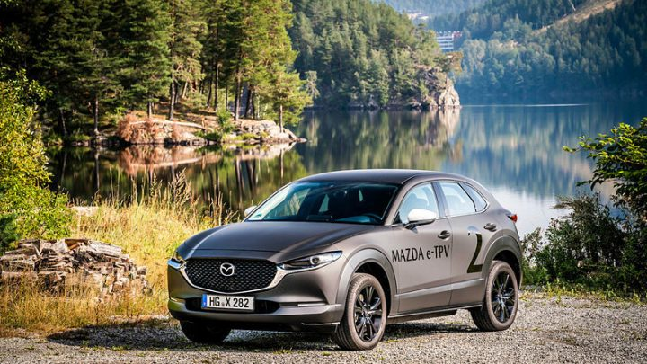 Mazda budúci týždeň predstaví svoje prvé elektrické vozidlo.