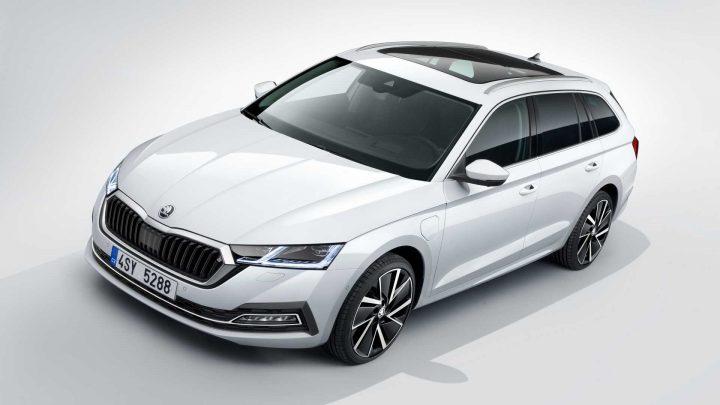 Škoda Octavia štvrtej generácie bola oficiálne predstavená. Čo prináša nová generácia?