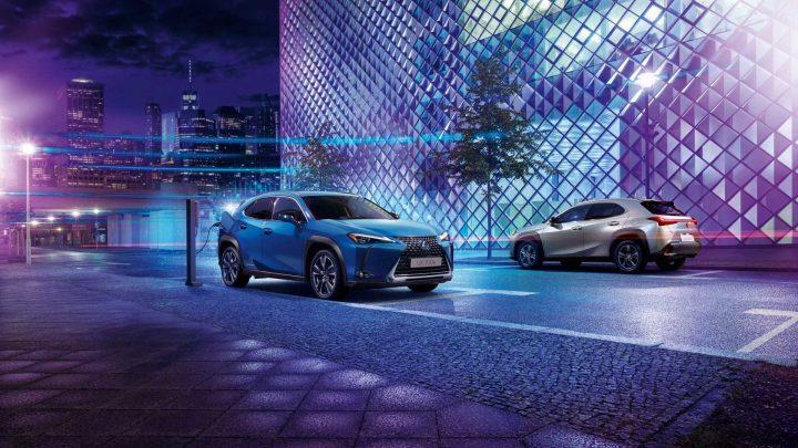 Lexus predstavil svoje prvé elektrické vozidlo. Volá sa UX 300e.
