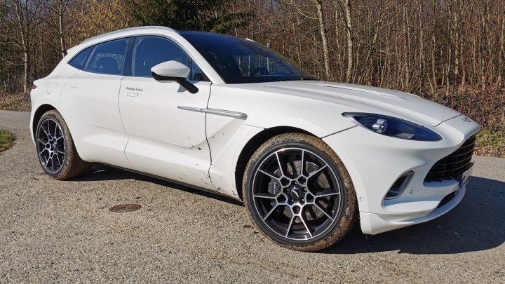 Aston Martin plánuje zväčšiť ponuku SUV.
