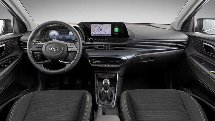 Pozrime sa do detailu na interiér a asistenčné systémy nového Hyundai i20.