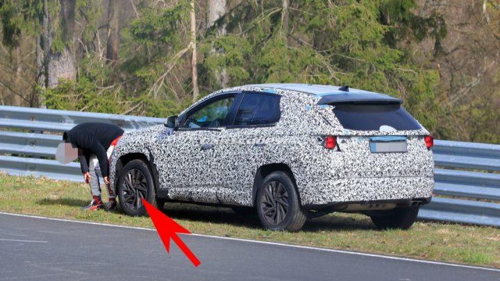 Nový Hyundai Tucson stratil počas testovania skrutky z kolesa.