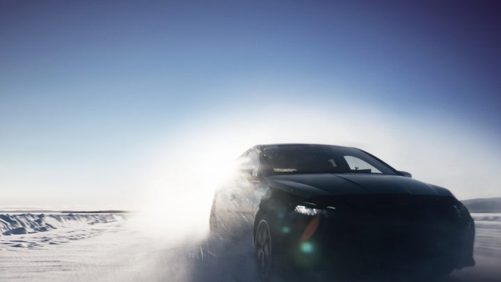 Hyundai zverejnil oficiálne fotografie a video z testovania i20 N.