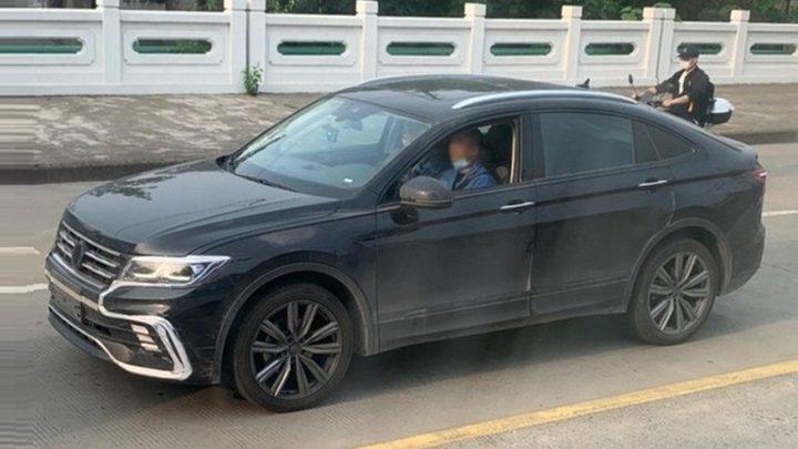 Volkswagen Tiguan Coupe bol odfotený.