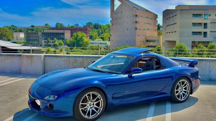 Táto Mazda RX-7 má výkon 400 koní a elektrický pohon.