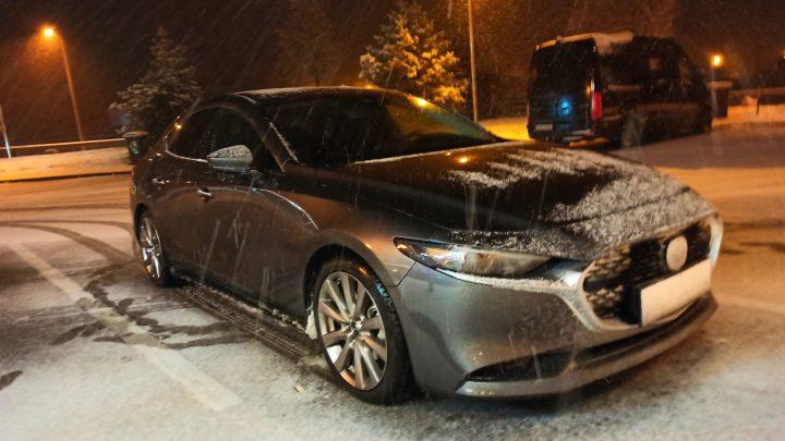 Test Mazda 3 sedan SkyActiv G122. Ako jazdí nová Mazda?