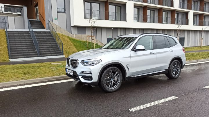 Test BMW X3 30d xDrive Luxury-Line. Ako jazdí obľúbené prémiové SUV?