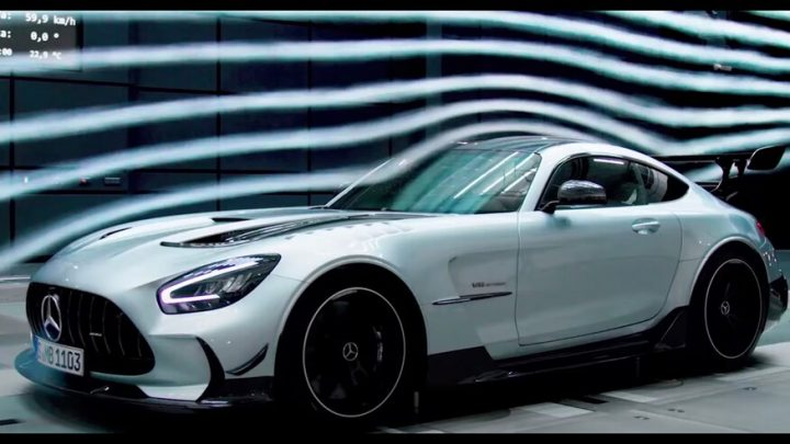 Mercedes-AMG GT Black Series dostal brutálny dizajn.