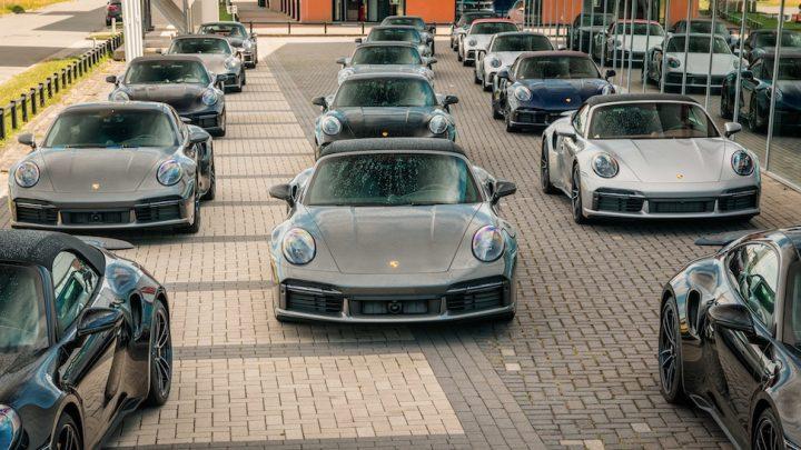 V Holandsku predali naraz šestnásť Porsche 911 Turbo S.
