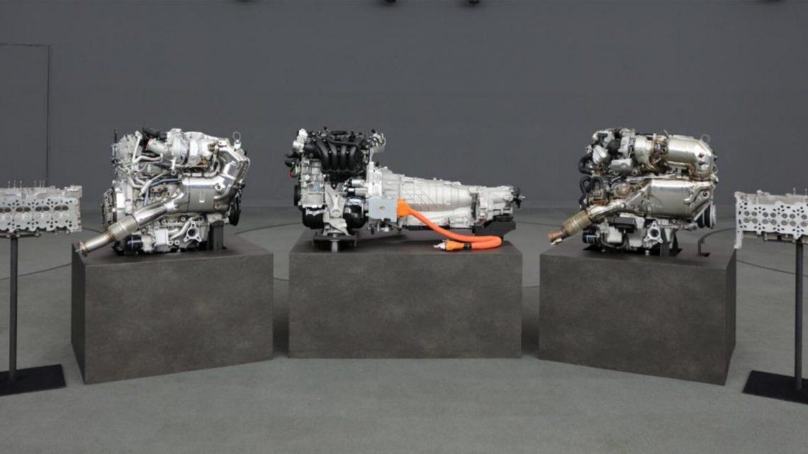 Mazda predstavila nový radový šesťvalec.