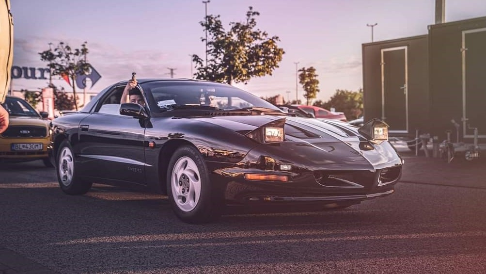 Pontiac Firebird 1994 | Aké má Maroš skúsenosti s Pontiacom? |