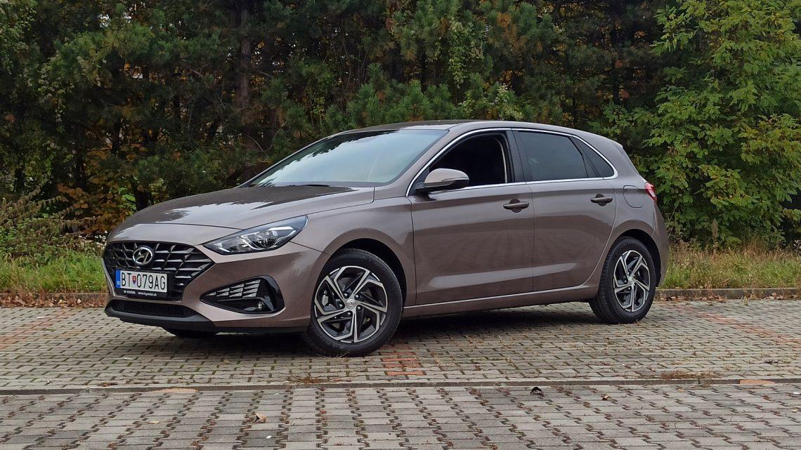 Test Hyundai i30 1,5 DPi 2020 | Ako jazdí obľúbený hatchback po facelifte?