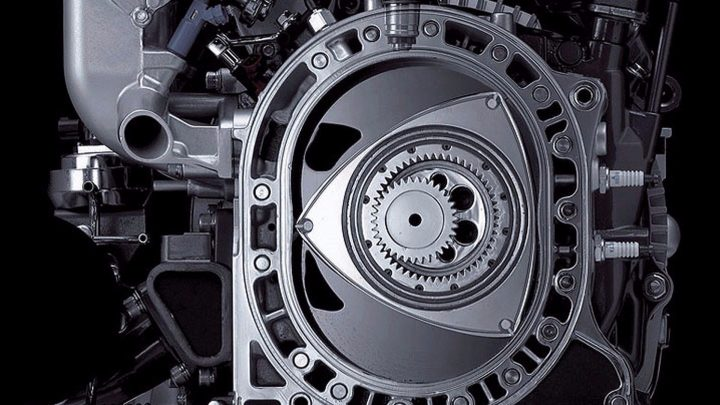Na Mazdu s rotačným motorom Wankel si ešte počkáme.