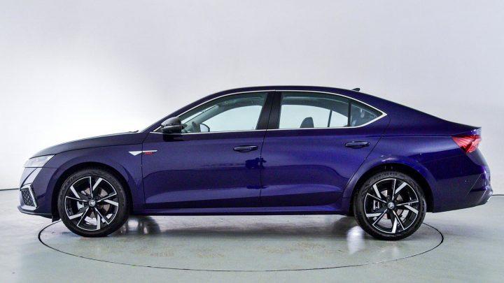 Škoda Octavia Pro je oficiálne odhalená.