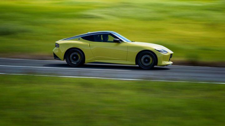 Nissan 400Z dostane výkon 400 koní a manuálnu prevodovku.