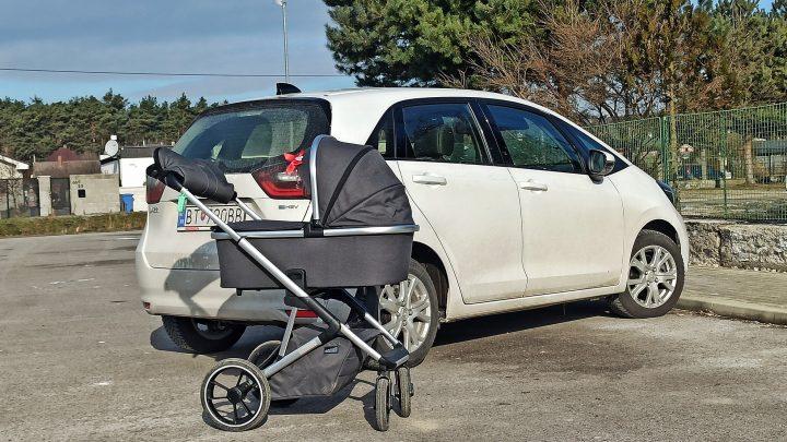 Honda Jazz 2021 | Test | Ako sa manipuluje s kočíkom v Honda Jazz?