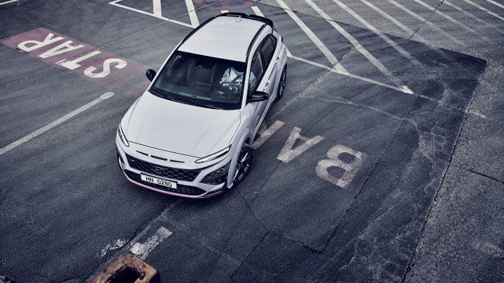 Hyundai Kona N je prvé SUV v rodine N. Ponúkne výkon 280 koní a množstvo noviniek.