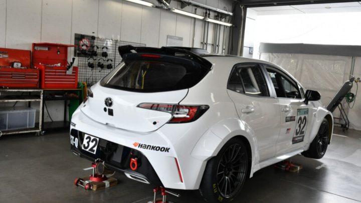 Toyota predstavila športové vozidlo, ktoré spaľuje vodík.