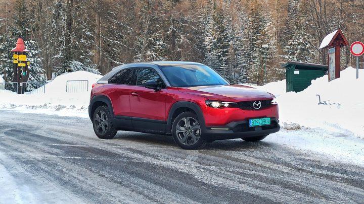 Ako zvládne elektrická Mazda MX-30 cestu to Tatier a späť?