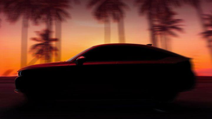 Honda zverejnila fotografiu hatchbacku Civic novej generácie.