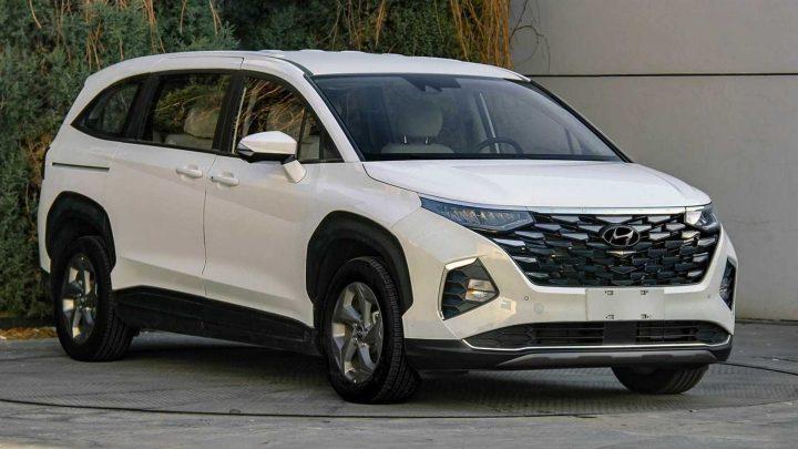 Hyundai Custo bude nový sedemmiestny minivan.
